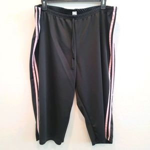 Discreet Capri Workout Pants Size 3X Black